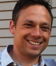Book an Appointment with Nate Torhjelm for Counselling Couples / Family