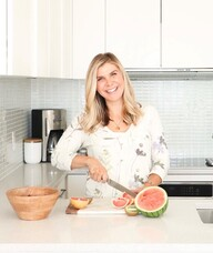 Book an Appointment with Jennifer Messina for Dietitian