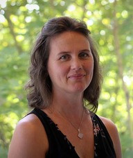 Book an Appointment with Elisa Peterson for Somatic Trauma Therapy