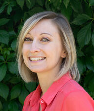 Book an Appointment with Stephanie Shanks for Registered Massage Therapy